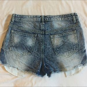 🎉HP 🎉 MOSSIMO distressed high waisted short